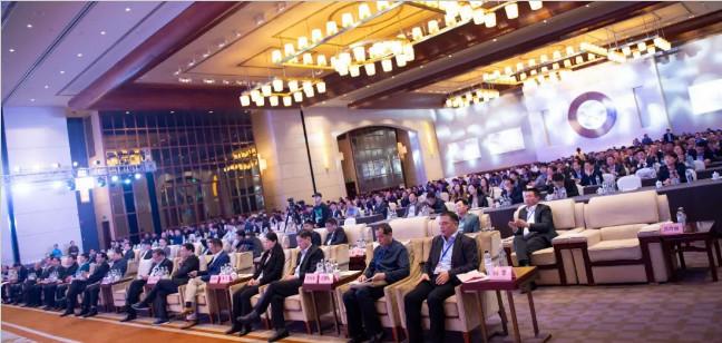 """我会举办""""民营企业新跨越暨楚商携手青岛西海岸发展大会"""
